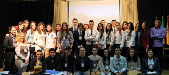 Nuestros alumnos de Bachillerato participan en el I Torneo de Debate organizado por el IES Alhambra