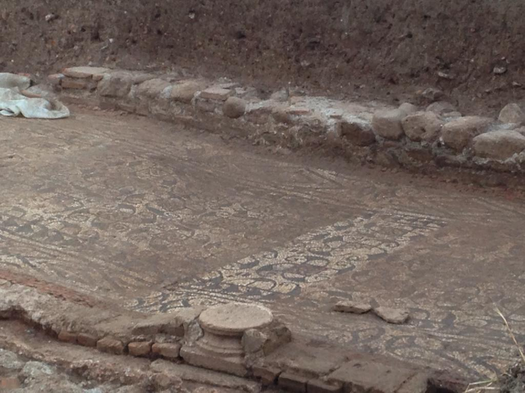 Visita a la excavación arqueológica en C/ Primavera.